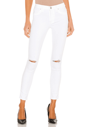 Hudson Jeans Nico Mid Rise Super Skinny Crop in White. Size 24, 25, 26, 27, 28, 29, 31, 32.