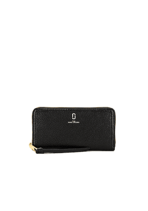 Marc Jacobs Standard Continental Wallet in Black.