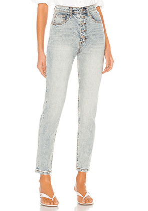 WeWoreWhat The Danielle High Rise Straight. Size 25, 26, 27, 28, 29, 30, 31.
