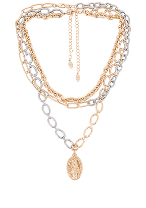 8 Other Reasons 112 Chain Pack Necklace in Metallic Gold.