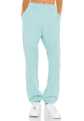 alo Accolade Sweatpant in Blue. Size L, M, XS, XXS.