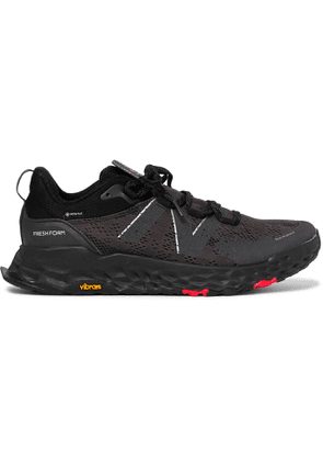 NEW BALANCE - Hierro v5 GORE-TEX Trail Running Sneakers - Men - Black