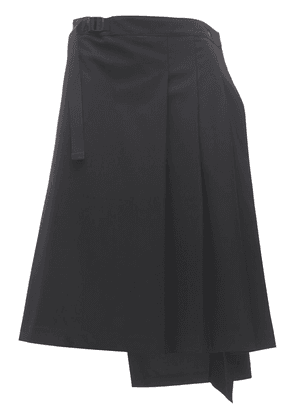 Classic Refined Stretch Wool Skirt