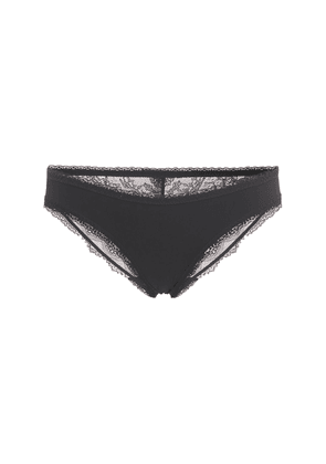 Polly Prancing Low Rise Lace Briefs