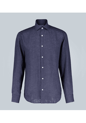 Long-sleeved linen shirt