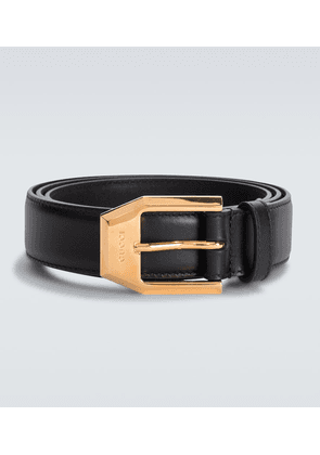 Leather belt with squared buckle
