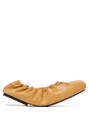 Khaite - Ahsland Foldable Leather Flats - Womens - Beige
