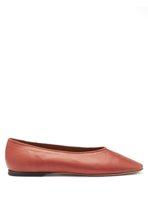 Le Monde Beryl - Regency Leather Ballet Flats - Womens - Dark Red