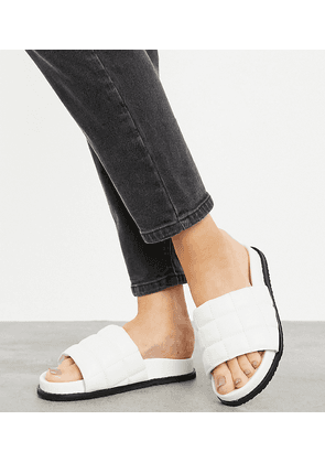Z_Code_Z Wide Fit Exclusive Poly padded slides in white