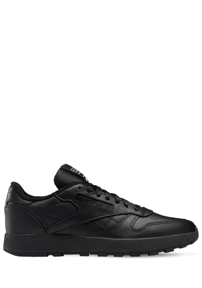 Project 0 Classic Leather Tabi Sneakers