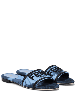 Signature canvas sandals