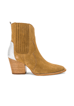 TORAL Western Bootie in Brown. Size 37, 38, 39, 40, 41.