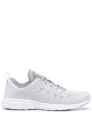 APL: ATHLETIC PROPULSION LABS Techloom Pro sneakers - Silver