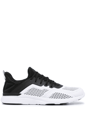 APL: ATHLETIC PROPULSION LABS Techloom Tracer sneakers - White