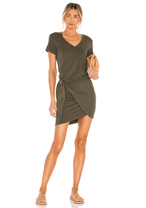 MONROW Supersoft V Dress in Olive. Size M, S, XS.
