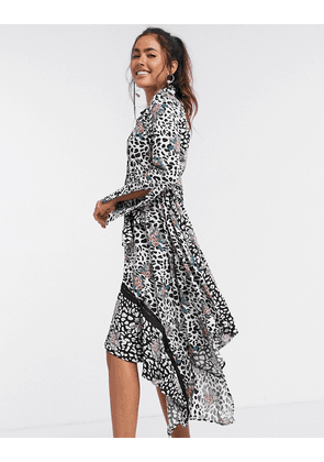 Liquorish asymmetric shirt dress in animal print-Multi