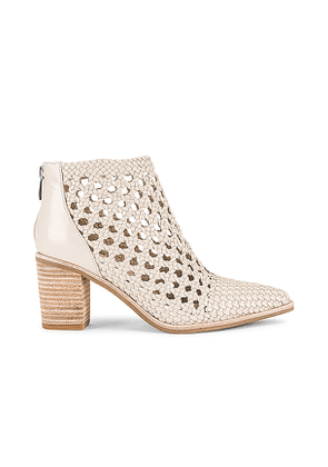 PAIGE Lilah Bootie in Cream. Size 6.5.
