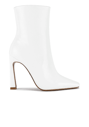 RAYE Lusty Boot in White. Size 6, 6.5, 7.5, 8, 8.5, 9, 9.5.