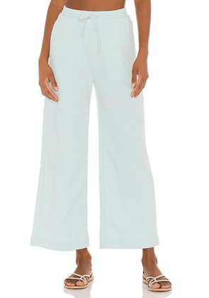 MAJORELLE Cropped Wide Pant in Blue. Size L.