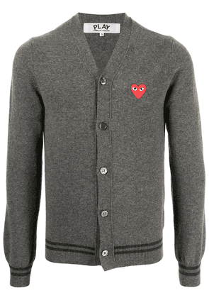 Comme Des Garçons Play heart-patch knitted cardigan - Grey