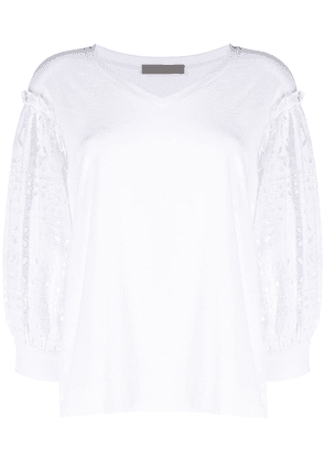 D.Exterior broderie anglais sleeve blouse - White