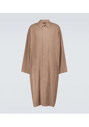 Fluid long carcoat