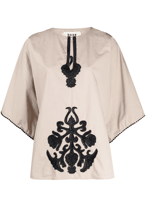 Bazar Deluxe embroidered short-sleeved top - Neutrals