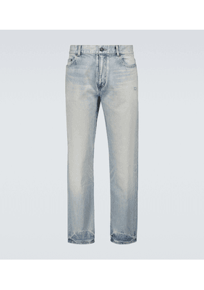 Carrot-fit jeans