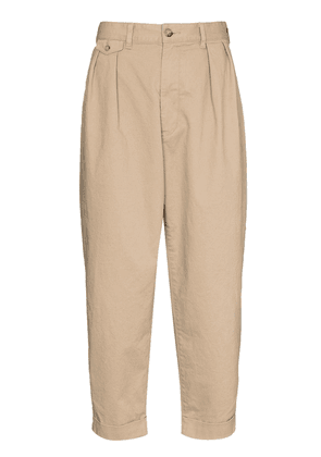 BEAMS PLUS dart-detailing cropped trousers - Neutrals