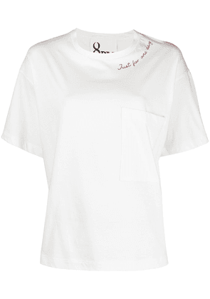 8pm embroidered detail T-shirt - White
