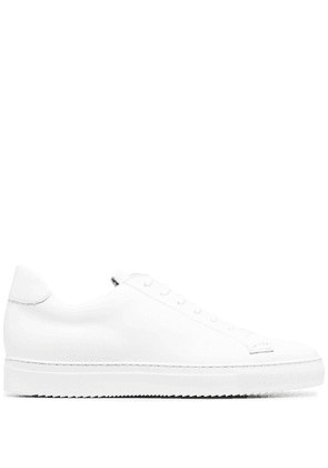 Doucal's low top lace-up sneakers - White