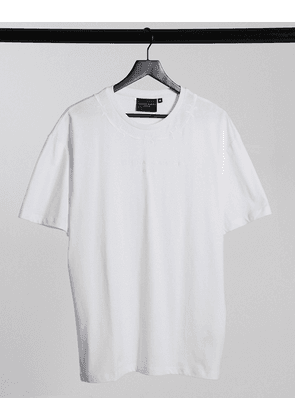 Criminal Damage t-shirt with barbed wire print in white