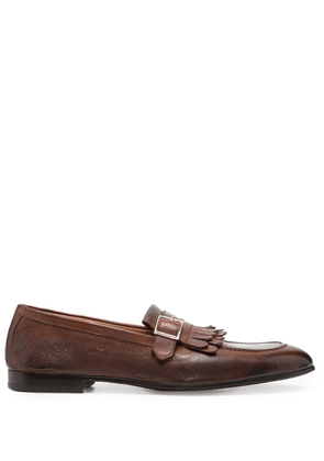 Doucal's fringed buckle-embellished loafers - Brown