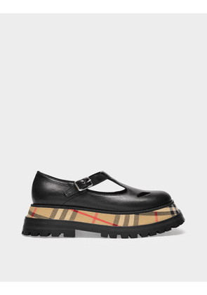 Burberry Aldwych Derbies in Black Grained Leather