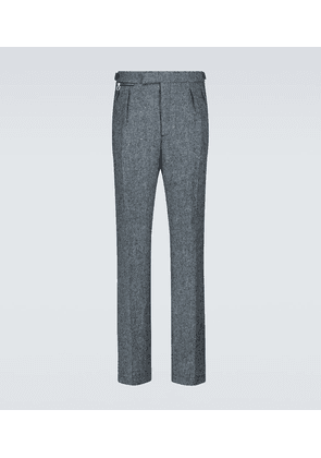 Wide-fit pants with ankle zippers