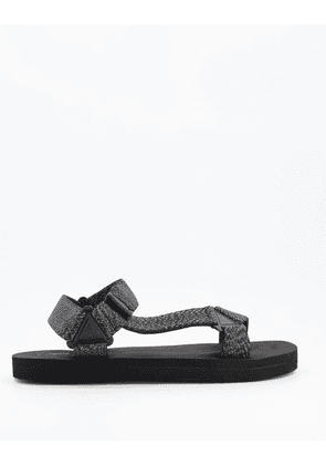 ASOS DESIGN tech sandals with textured straps-Black