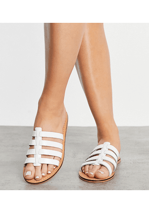 ASOS DESIGN Wide Fit Figured leather fisherman mules in white