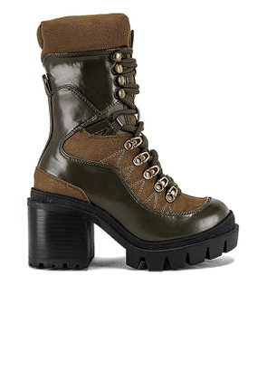 Jeffrey Campbell Maniac Lace Up Boot in Army. Size 8.