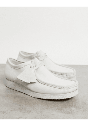 Clarks Orginals wallabee in chalky white suede