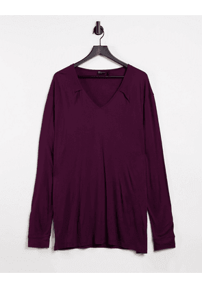 ASOS DESIGN long sleeve relaxed viscose t shirt with deep v neck in burgundy-Red