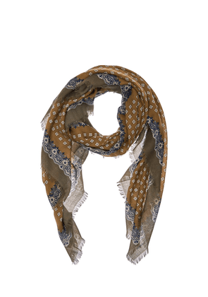Grand Carré Wool Scarf
