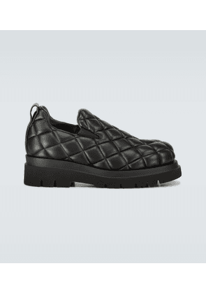 Quilted leather shoes