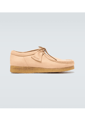 Wallabee leather shoes