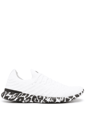 APL: ATHLETIC PROPULSION LABS Techloom Wave leopard-print sneakers - White
