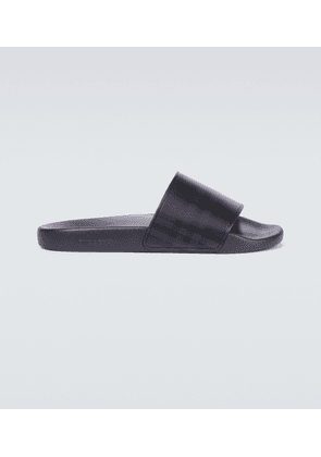 Furley London checked slides