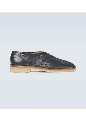 Chinese leather slippers