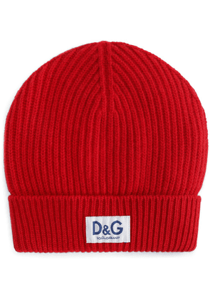 Dolce & Gabbana logo-patch ribbed-knit beanie - Red