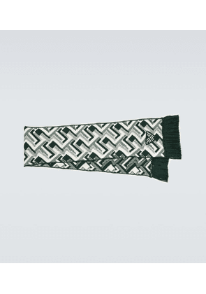 Wool and cashmere jacquard scarf