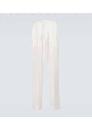 Wool pleated trousers