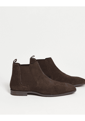 ASOS DESIGN chelsea boots in brown suede with black sole